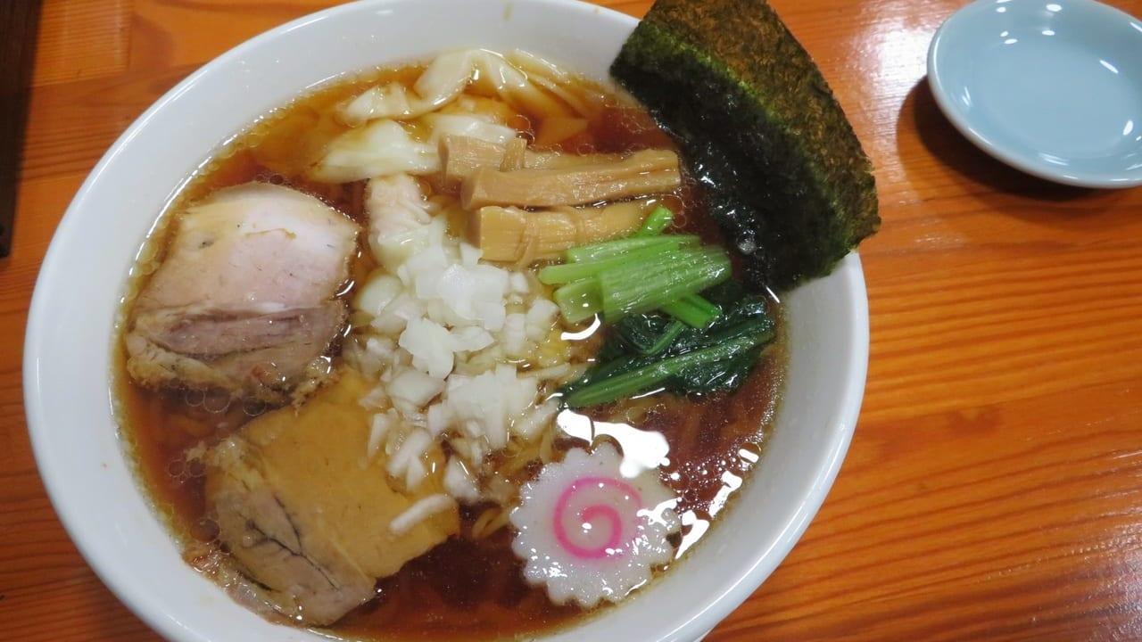 「らーめん まる幸」が10月1日(木)平塚駅北口近くにオープン!看板メニューは煮干し肉汁らーめんとわんたん麺