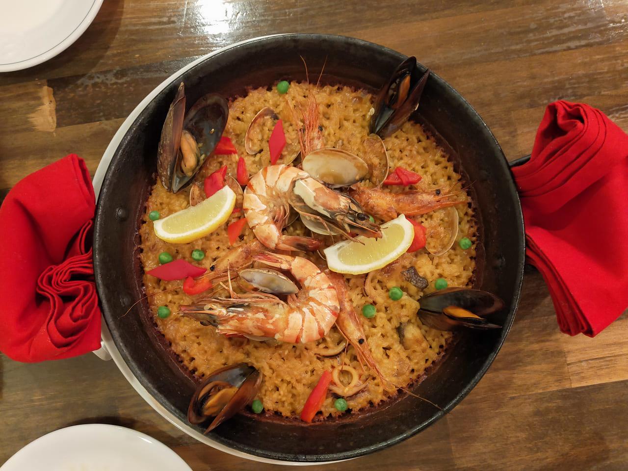 スペイン料理のお店「タパス&パエリヤ MAR(マール)」の人気メニューをいただいてきました!