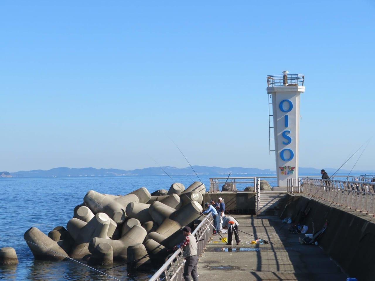 元旦の大磯港西堤防エリアの開放中止。新型コロナウイルスの影響ここにも。