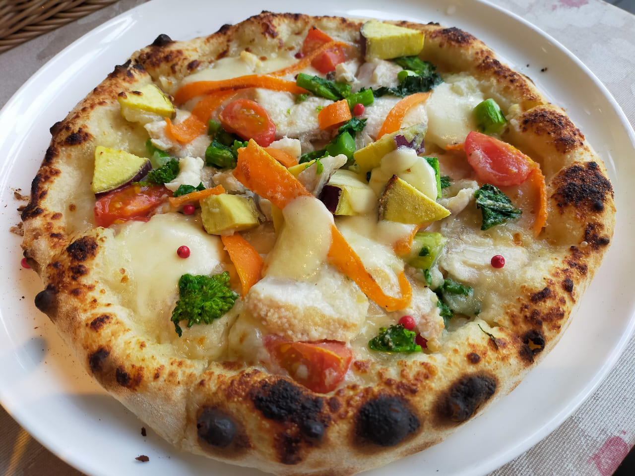 「アマルフィ ホワイトガーデン」で季節感いっぱいのイタリアンランチはいかが?